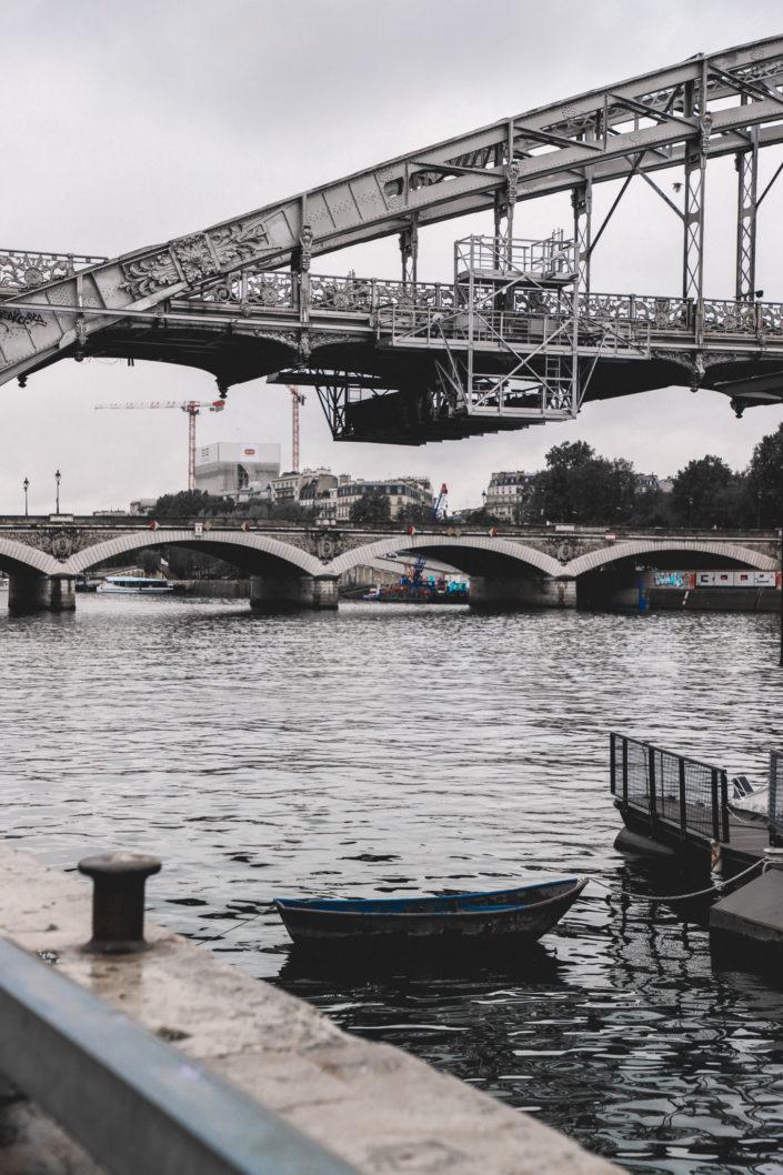 Off Seine