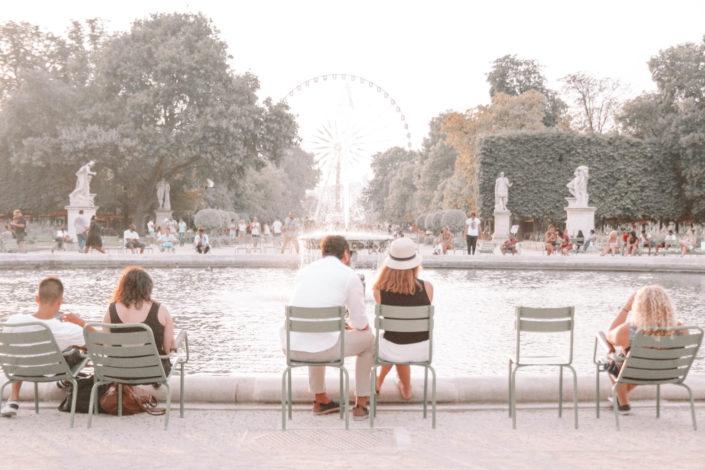 Tuileries. Un soir de septembre.
